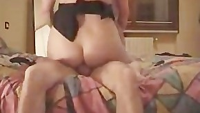 mature housewife make porno to show off on internet