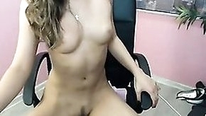 Sexy girl fingering her madly