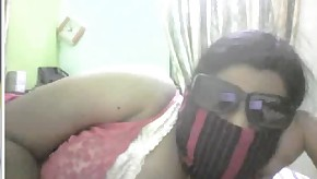 Indian chubby girl strip on cam